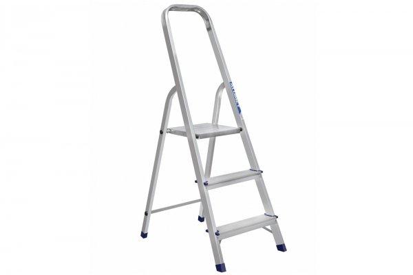 Алюминиевая лестница-стремянка 3-х ступ, Н=0,6/2,70м ( Ам703)