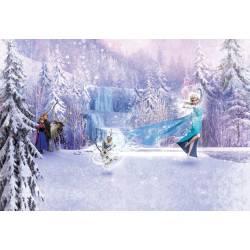 Фотообои Эльза и снеговик 368*254cm KOMAR Flozen Forest (8 частей)