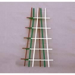 Лесенка для цветов пласт. обычная, 67 см (арт. IDR4)